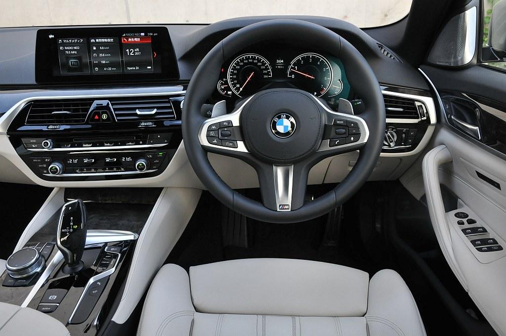 BMW 5シリーズ(G30)、インパネの画像
