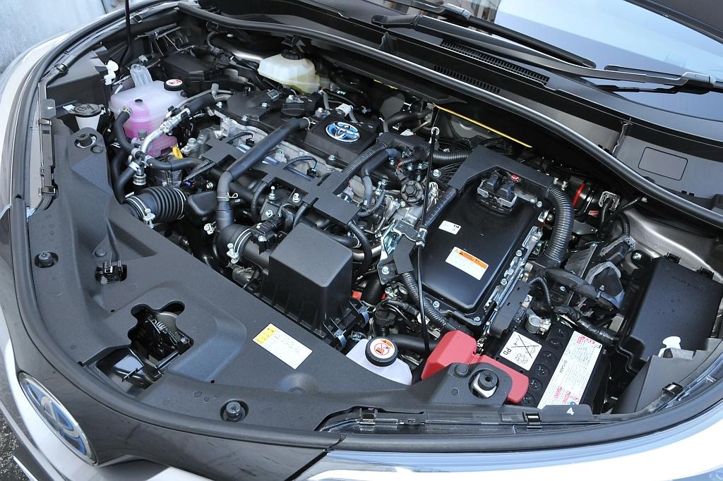 トヨタ C-HR、エンジンの画像