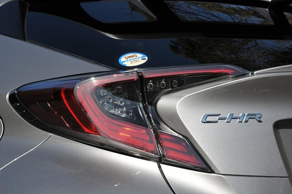 トヨタ C-HR、リアコンビネーションランプの画像
