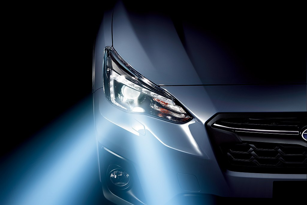 スバル XVのヘッドライト広報画像