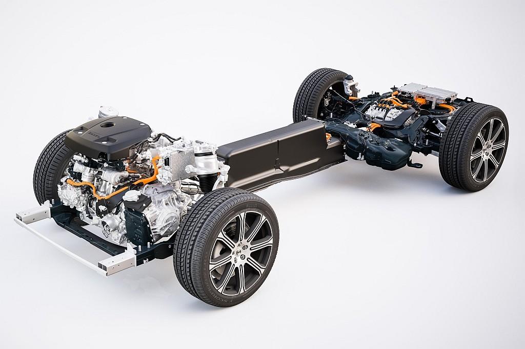 XC60 T8ツインエンジンのプラグインハイブリッド パワートレインの画像