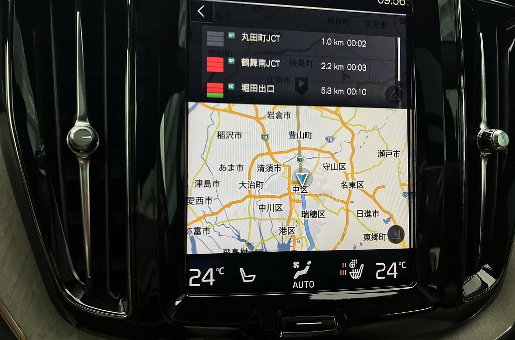 新型ボルボXC60のナビゲーション画像