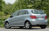 http://www.motordays.com/newcar/articles/mbb17020060526/pic/photo_3-thumb.jpg