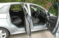 http://www.motordays.com/newcar/articles/mbb17020060526/pic/photo_6-thumb.jpg