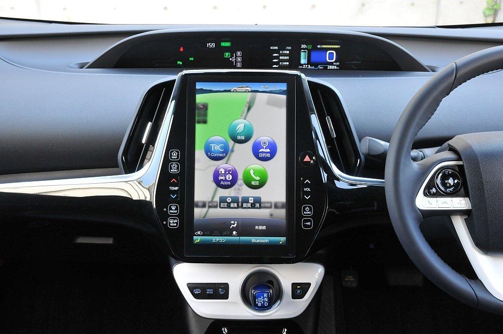 トヨタ プリウスPHVのT-Connectナビ画像