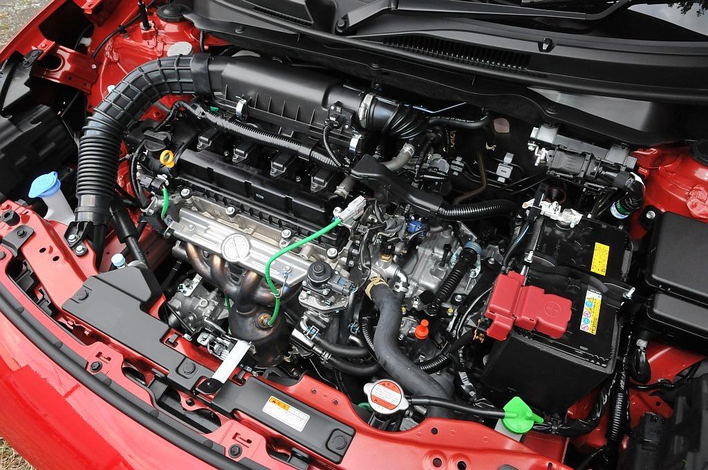スズキ スイフト マイルドハイブリッド、デュアルジェットエンジンの画像