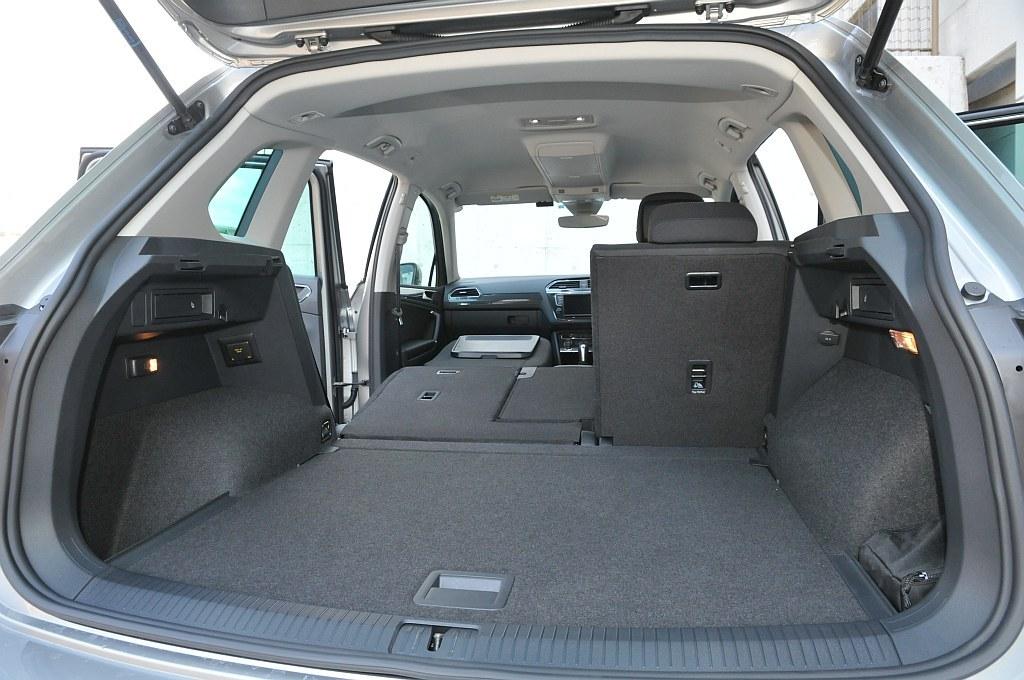 VW ティグアン、ラゲッジスペースの画像
