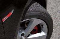 フォルクスワーゲン ゴルフ GTIのタイヤの写真